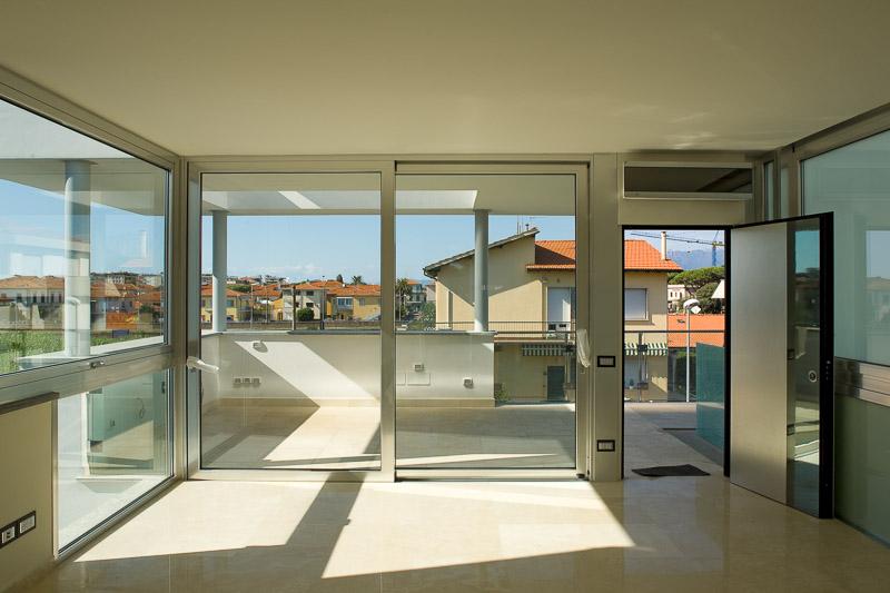 Apartment in Viareggio by the sea buy