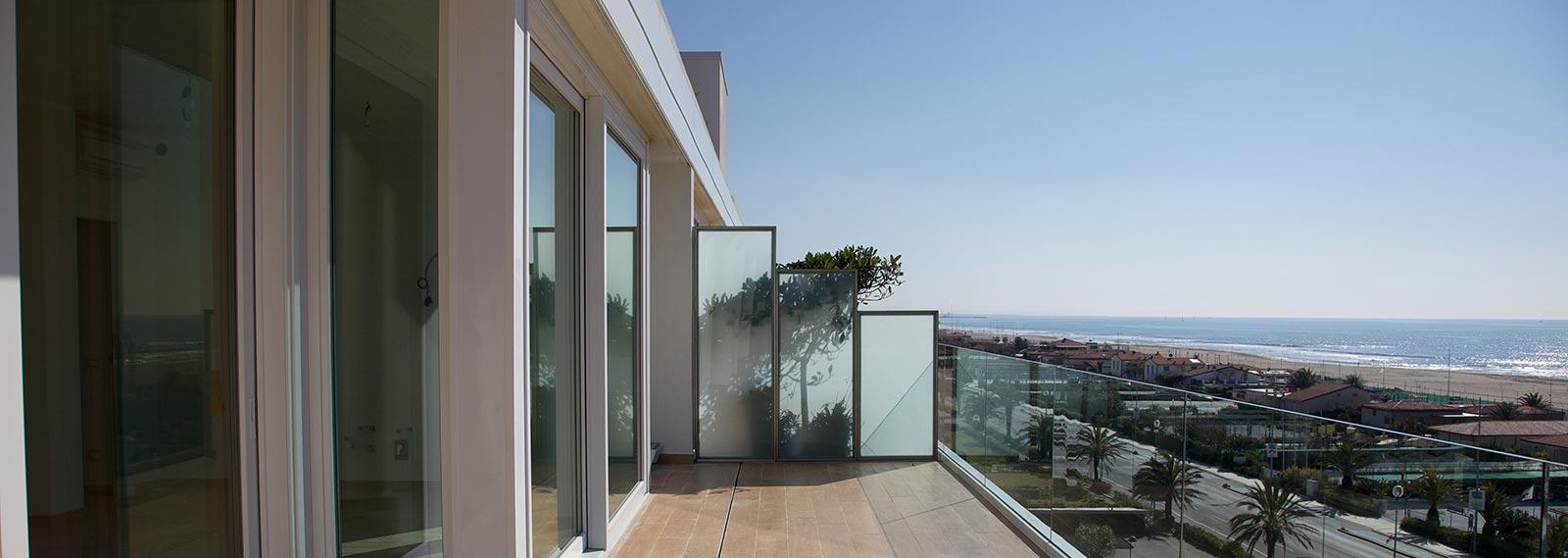 Bagno Con Vista Mare Architettura Design : Panoramic appartamenti lusso lido di camaiore