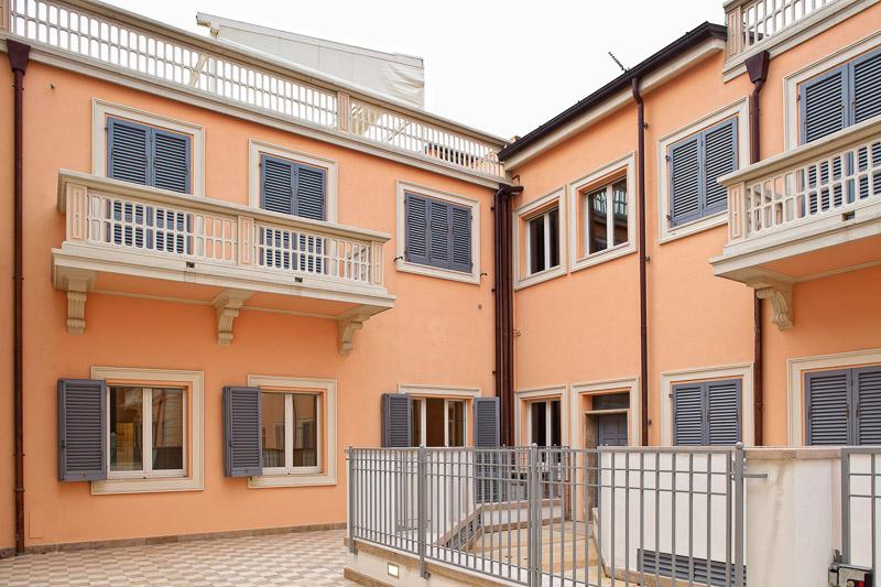 Appartement de quatre pièces près de la plage à Viareggio